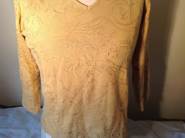 Chicos Gold Yellow V Neck Top Three Quarter Length Sleeves Size 1 image 9