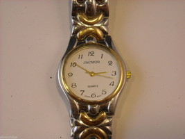 Collection of 11 vintage wrist watches with bands image 8