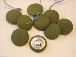 Collection of vintage buttons various materials shades of green image 5