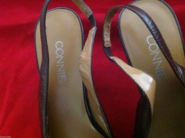 Connie Brown size 7 sling back low heels in shiny brown  womens shoes image 3
