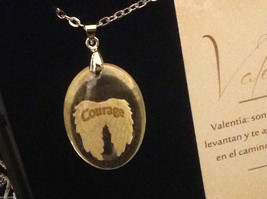 Courage Spanish Valentia angel wings pendant w saying in  Espanol w gift box image 3