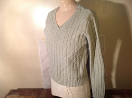Crystal Kobe Light Green Relief V Neck 100 Percent Cotton Sweater Size Small image 2