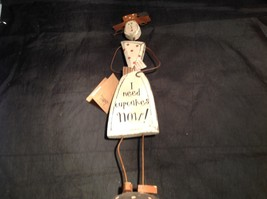 Wooden vintage retro Cupcake Girl Decoration I Need Cupcakes Now image 3
