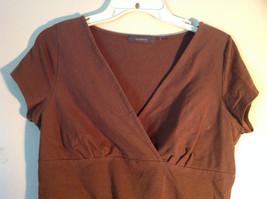 Cute Casual Brown Liz Claiborne Short Sleeve V Neck Top image 3