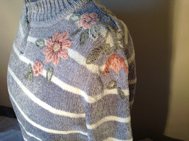 Cute Gray Sweater Very Soft Alfred Dunner Petite Stripes and Flowers Size PM image 4