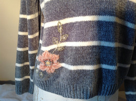 Cute Gray Sweater Very Soft Alfred Dunner Petite Stripes and Flowers Size PM image 6