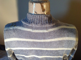 Cute Gray Sweater Very Soft Alfred Dunner Petite Stripes and Flowers Size PM image 9