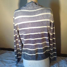 Cute Gray Sweater Very Soft Alfred Dunner Petite Stripes and Flowers Size PM image 8