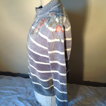 Cute Gray Sweater Very Soft Alfred Dunner Petite Stripes and Flowers Size PM image 10