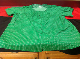D & Co. Ladies Size 3X Short Sleeve Blouse Green with White Polka Dots image 3