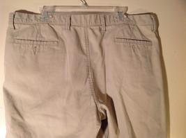 DOCKERS Khaki Casual Shorts Size 40 Excellent Condition 100 Percent Cotton image 4