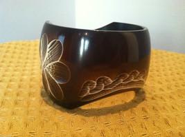 Decorative Dark Brown Bracelet with Carved Floral Designs image 2