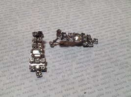 Dangling Vintage Style White Stone Screw Back Earrings Screw Tightening Backing image 2