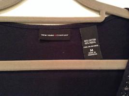Deep V Black Short Sleeve New York and Company Top Size Medium Cotton Blend image 5