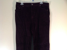 Deep Burgundy Size 14 Corduroy Pants Size 14 Gloria Vanderbilt Button Zipper image 2
