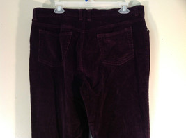 Deep Burgundy Size 14 Corduroy Pants Size 14 Gloria Vanderbilt Button Zipper image 5
