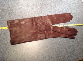 Dark Brown Leather Gloves Very Soft Inside Cheoreau Size 6 Vintage image 3
