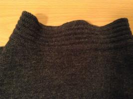 Dark Gray Carlisle Sport Size Small 100 Percent Lambs Wool Turtleneck Sweater image 9