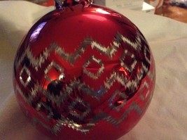 Department 56 red silver filigree geo zig vintage style Glass Holiday Ornament image 3