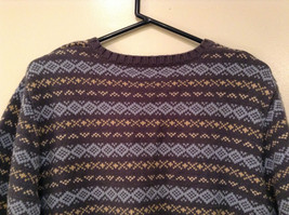 Dark and Light Blue with Light Yellow V Neck Eddie Bauer Sweater Size XL image 5