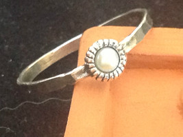 Delicate Hammered Sterling Silver Gray Pearl Ring Size Choice 7 or 8 image 2