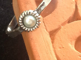 Delicate Hammered Sterling Silver Gray Pearl Ring Size Choice 7 or 8 image 3