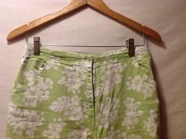 Denim & Co. Womans Green Capris, Size 12 w hibisicus flowers image 3