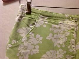 Denim & Co. Womans Green Capris, Size 12 w hibisicus flowers image 6