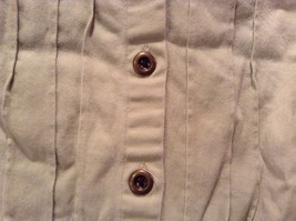 Denim and Company Sleeveless Button Up Light Brown Shirt Size Medium image 4