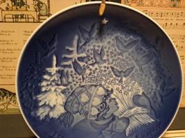 Denmark Porcelain Vintage Blue Christmas Plate with Hanger Christmas Peace 1981 image 2