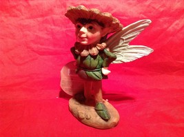 Department 56 Garden Guardian Bertram the Garden Flower Fairy image 3