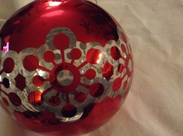 Department 56 red silver filigree snowflake vintage type Glass Holiday Ornament image 3
