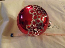 Department 56 red silver filigree snowflake vintage type Glass Holiday Ornament image 8