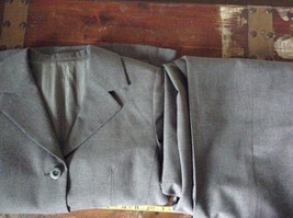 Elegant Gray Jacket and Pant Suit Inside Lining Front Pockets NO TAG image 8