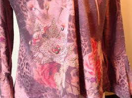 Dressbarn Fancy V Neck Long Sleeve Fancy Top Flowers Writing Fake Gems Size PM image 4