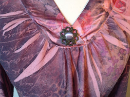 Dressbarn Fancy V Neck Long Sleeve Fancy Top Flowers Writing Fake Gems Size PM image 3