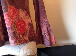 Dressbarn Fancy V Neck Long Sleeve Fancy Top Flowers Writing Fake Gems Size PM image 6