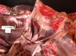 Dressbarn Fancy V Neck Long Sleeve Fancy Top Flowers Writing Fake Gems Size PM image 12