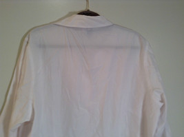 Dressbarn White Button Up Front Shirt Three Quarter Length Sleeves Size 14 to 16 image 6