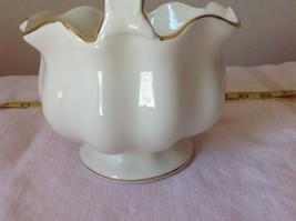 Fine Porcelain European Home Decoration by JS Imports Glass Creamy White Basket image 3