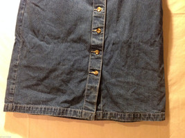 Eddie Bauer Jean 100% Cotton Medium Blue Wash Knee length Skirt, Size 14 Tall image 3
