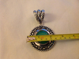 Emerald Colored Stone Scarf Pendant Silver Tone Round  3 Inches Long image 3
