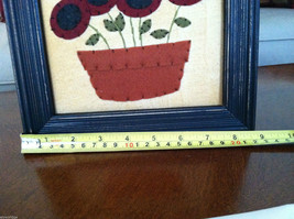 "Framed Felt Potted Fuchsia Poppy Flower picture w/ ""Faith"" Embroidered image 7"