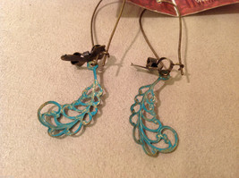 Geranium handmade limited edition turquoise color leaves dangling earrings image 3