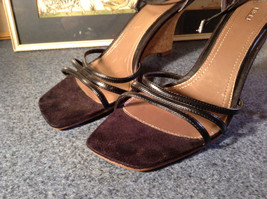 Fioni Black Wedged Heel Shoes Good Condition Ankle Straps Size 10 image 2