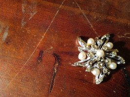 Flower Shape Brooch with Many Crystals and Faux Pearls image 5