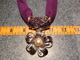 Flower with 5 Petals with 3 Small Clear Crystals in Petals Scarf Pendant image 2