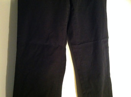 GAP Black Khaki Pants One Back Pocket Zipper Button Closure Size 2 image 3