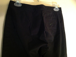GAP Black Khaki Pants One Back Pocket Zipper Button Closure Size 2 image 6