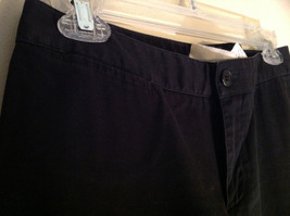 GAP Black Khaki Pants One Back Pocket Zipper Button Closure Size 2 image 5